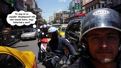 Elszabaduló indulatok a bangkoki dugóban - nézze meg nagyban is!
