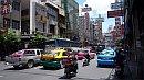 Kiskína Bangkokban.
