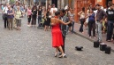 Argentin tangó az utcán.