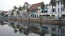 Az indonéz fõváros több mint háromszáz évig holland befolyás alatt állt.