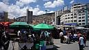 Jellemzõ utcakép a bolíviai fõvárosból.