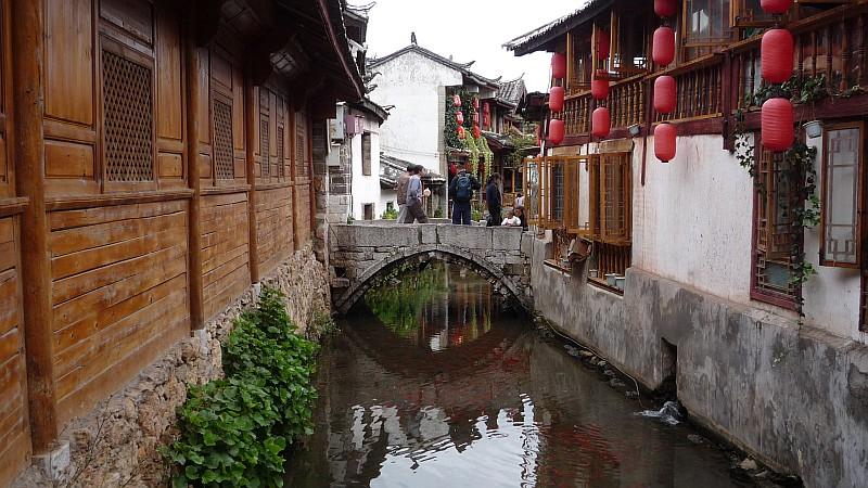 Az óvárost ilyen csatornák szelik keresztül-kasul