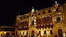 Érseki palota, fából készült balkonokkal.