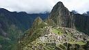 Inka építészeti remekmû, mögötte a Wayna Picchu.