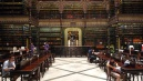 Portugál olvasóterem és könyvtár.