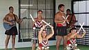 Zenés Maori performansz.
